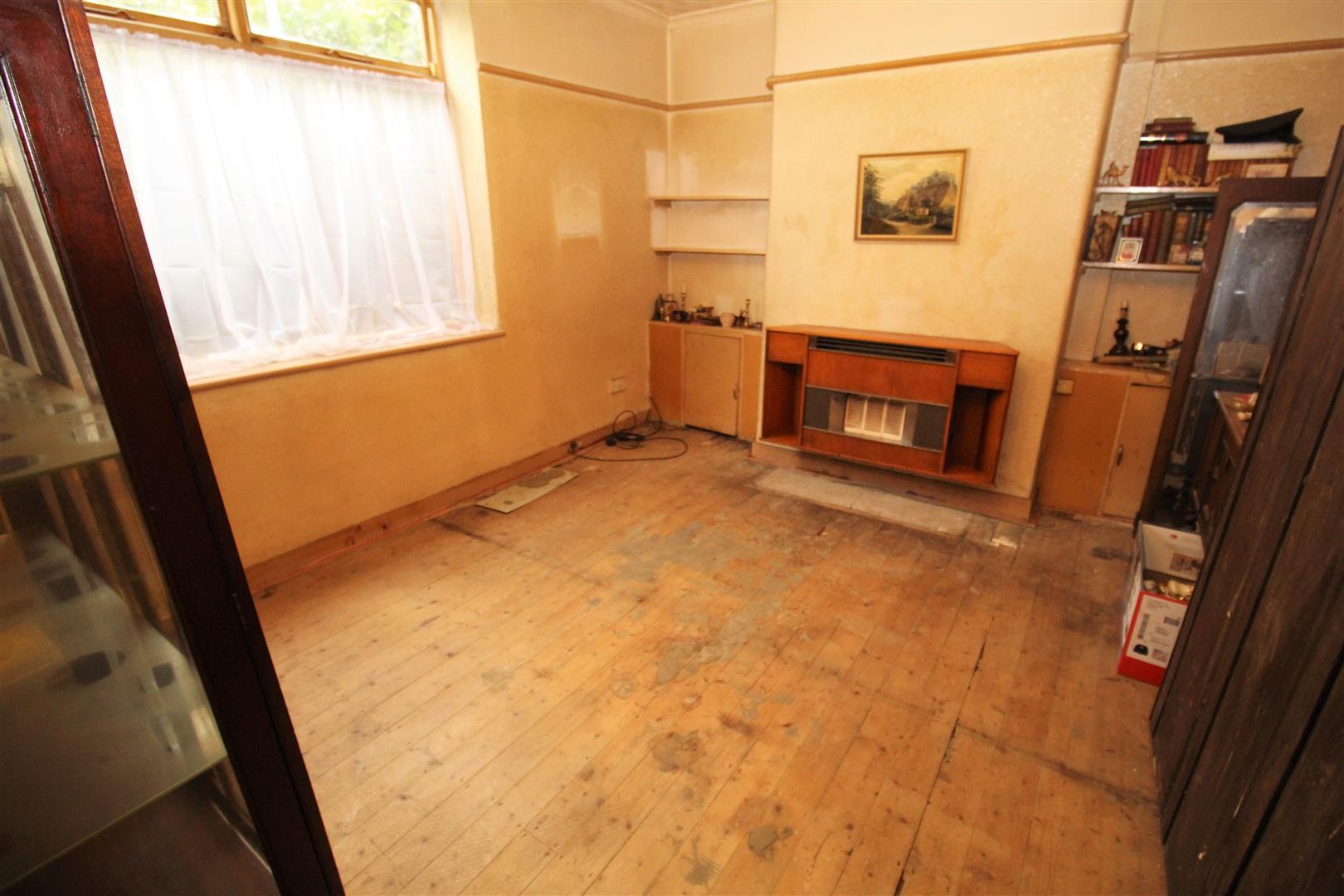 3 Bedrooms, House - Semi-Detached, Park Lane, Bootle